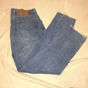High waisted jeans with cute pocket detailing